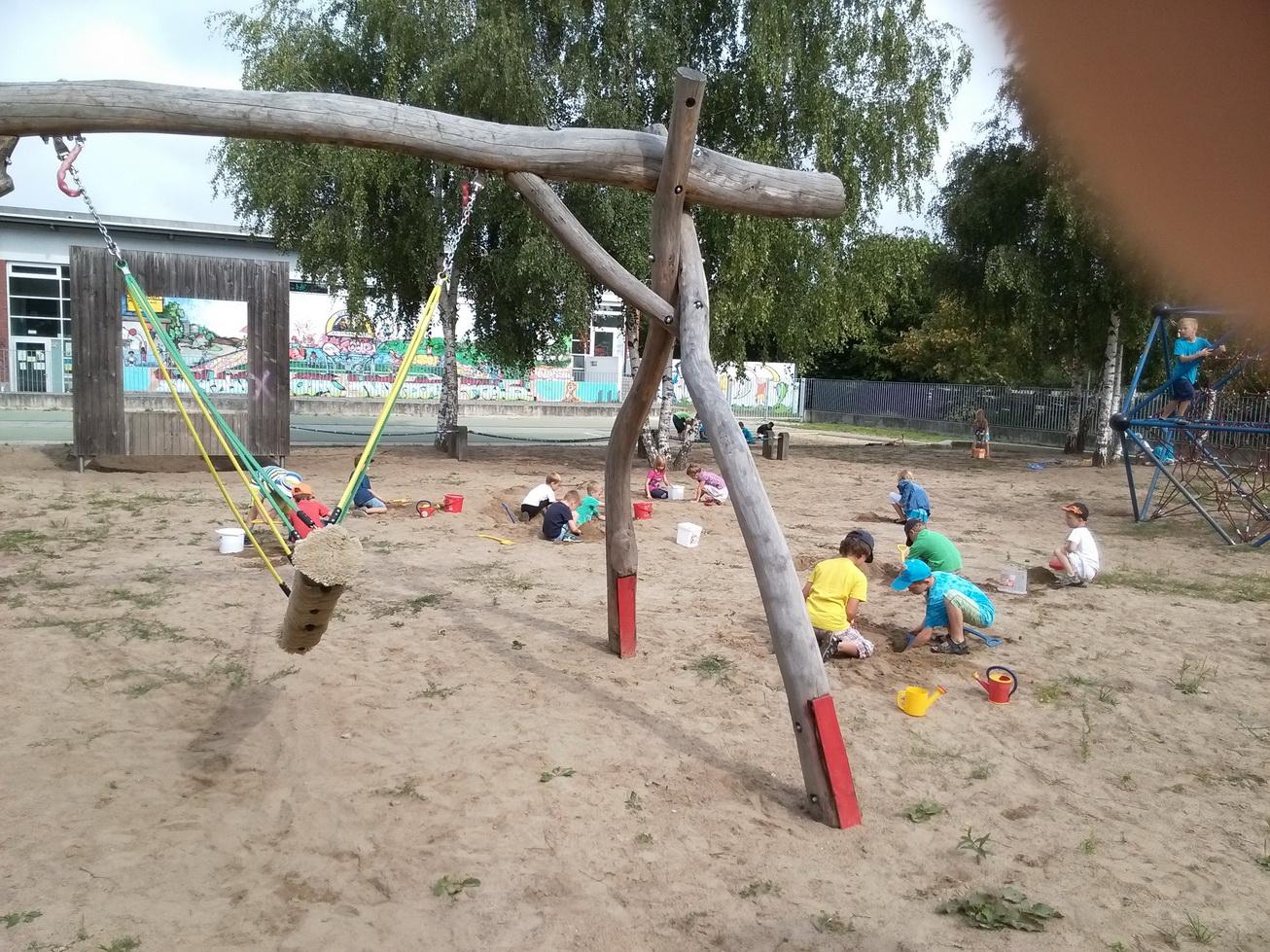 sandburgen2014-02